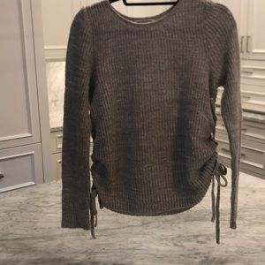 American Eagle sweater with side ties